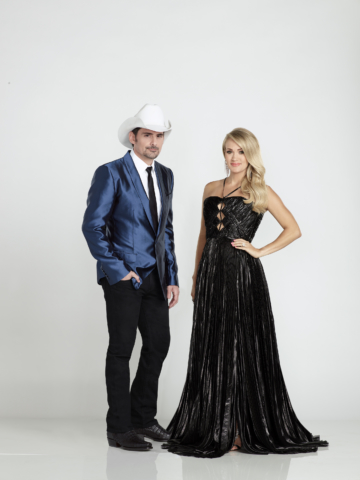 """THE 52ND ANNUAL CMA AWARDS - Country Music superstars Brad Paisley and Carrie Underwood return to host """"The 52nd Annual CMA Awards,"""" Country Music's Biggest Night, live from the Bridgestone Arena in Nashville, WEDNESDAY, NOV. 14 (8:00-11:00 p.m. EDT), on The ABC Television Network. (ABC/Ed Herrera) BRAD PAISLEY, CARRIE UNDERWOOD"""